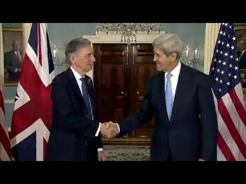 Secretary Kerry Meets with UK Foreign Secretary Hammond