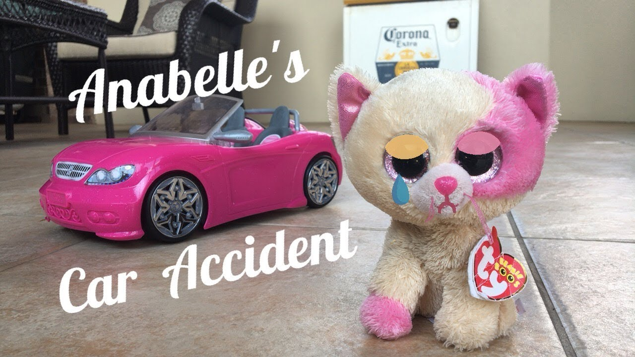 e2700f97377 Beanie Boo s  Anabelle s Car Accident! - YouTube