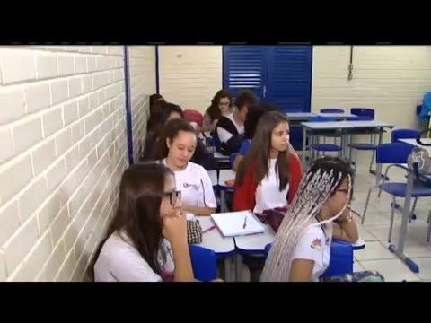Projeto incentiva escolas públicas e particulares a trocar o mobiliário  - 09/08/2017