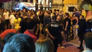 Liverpool bar lisbon - bouncer attacks reveller (fight)