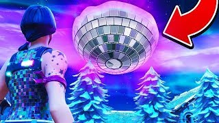 NEW YEARS LIVE EVENT EVERY HOUR!! FREE DISCO WEAPON SKIN!! (Fortnite)