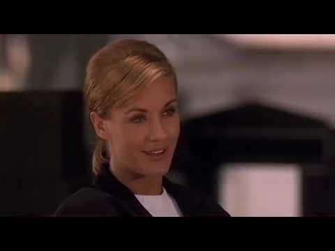 Фильм:  Чрезмерное насилие 2:  Стенка на стенку (1995)