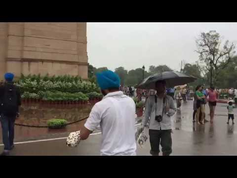 INDIA Gate New delhi awesome weather