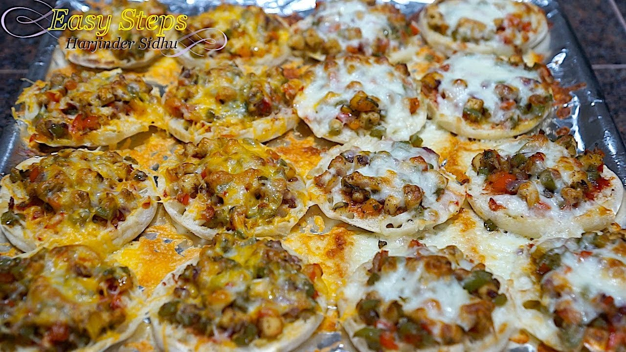 English Muffin Pizza Pizza Homemade Quick And Easy Vegetarian