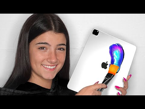 surprising-charli-d'amelio-with-10-custom-ipad-pros-&-macbooks!!📱💻-ft.-tiktok-&-lilhuddy-(giveaway)