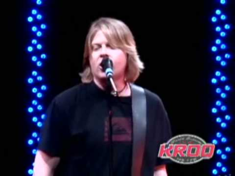 The Offspring - You're Gonna Go Far, Kid @ KROQ Almost Acoustic Christmas 08