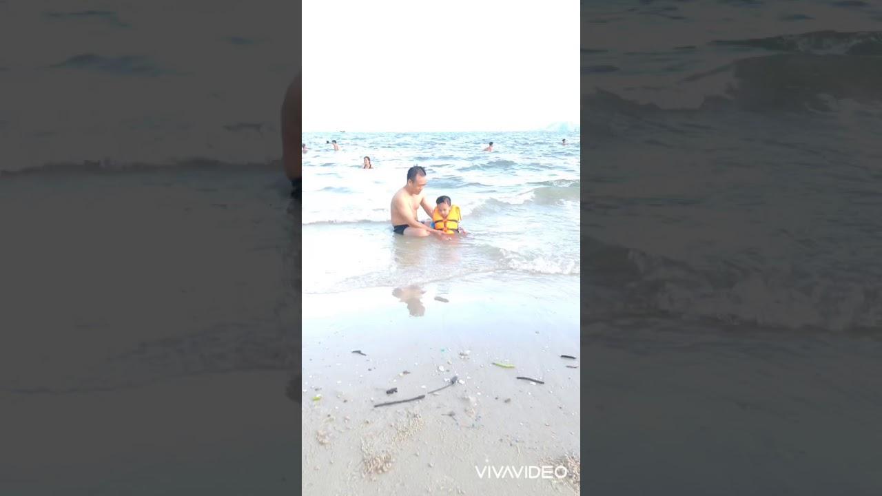 Tắm biển bãi cháy