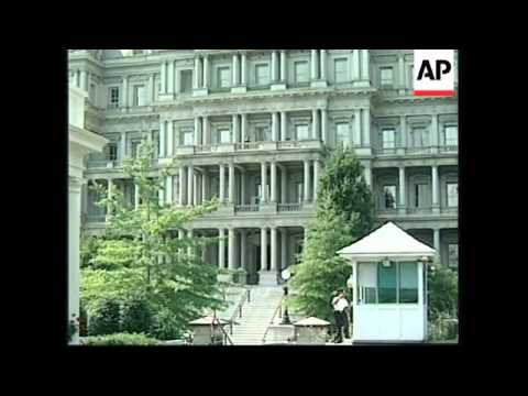 USA: CLINTON MEETING AT WHITE HOUSE OLD EXECUTIVE OFFICE BUILDING