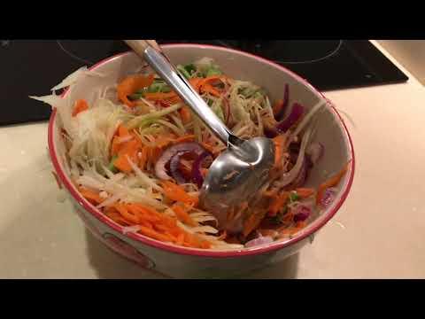 Как приготовить Сом Тамтайский папайя-салат