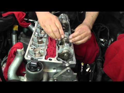 Suzuki Forenza Head Installation - Part 12 (Install of Camshafts)