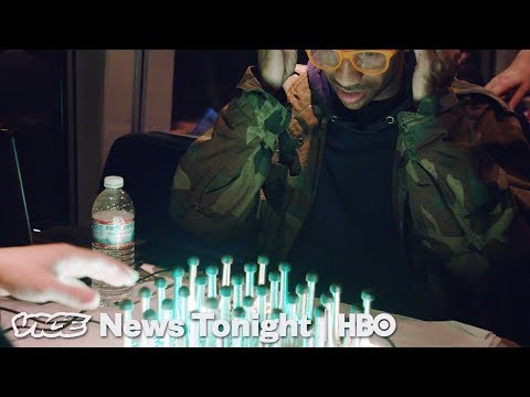 Gamers On A Train & Russia's Shadow War: VICE News Tonight F