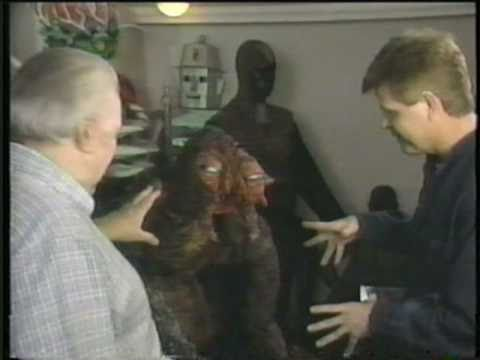 Bob Burns Movie Props - Bob's Basement Part 9 - Items from The Fly