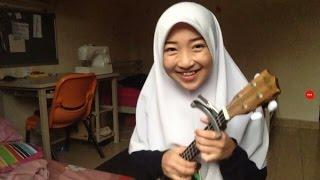 Download Video Hummod al khuder covered by mimi nazrina clip video dari geng semak semak MP3 3GP MP4