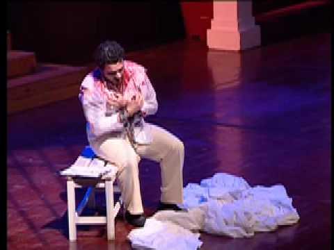 Javier Agullo singing Tosca (opening night)
