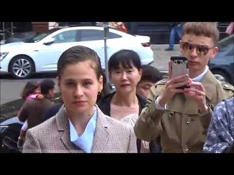 Christine and The Queens @ Paris Fashion Week 2 october 2017 show Stella McCartney / octobre #PFW