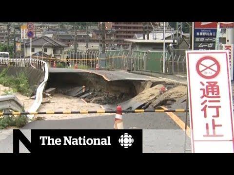 Japan flooding complicates rescue efforts