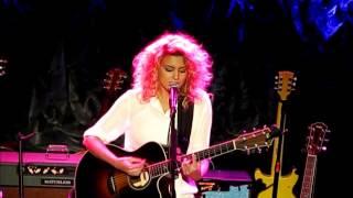 Tori Kelly - Bring Me Home (live)
