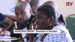Aba minisitule y'ebyenjigiriza baatulidde Makerere thumbnail