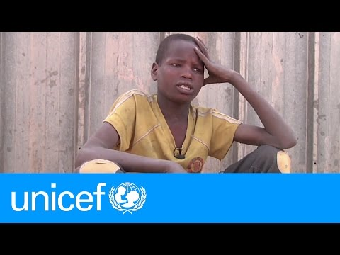 Living on the street at 12 in Niger | UNICEF
