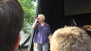 Guided by Voices - 7/712, NYC - God Loves Us