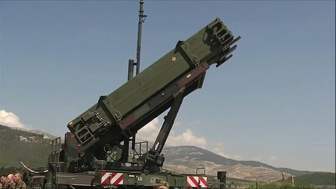 S-400: Türkei kauft russisches Raketenabwehrsystem - YouTube