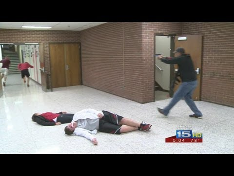 Middle school teachers go through shooter simulation