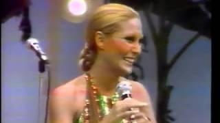 Rosemary canta Quero ser sua em 1975 na TV Tupi