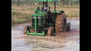 จอห์นเดียร์ 5310 5203 2WD ทำนาตม (John Deere in Muddy Field)