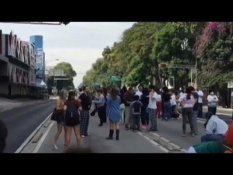 Alerta de tsunami en América Central tras un potente seísmo en Oaxaca, México