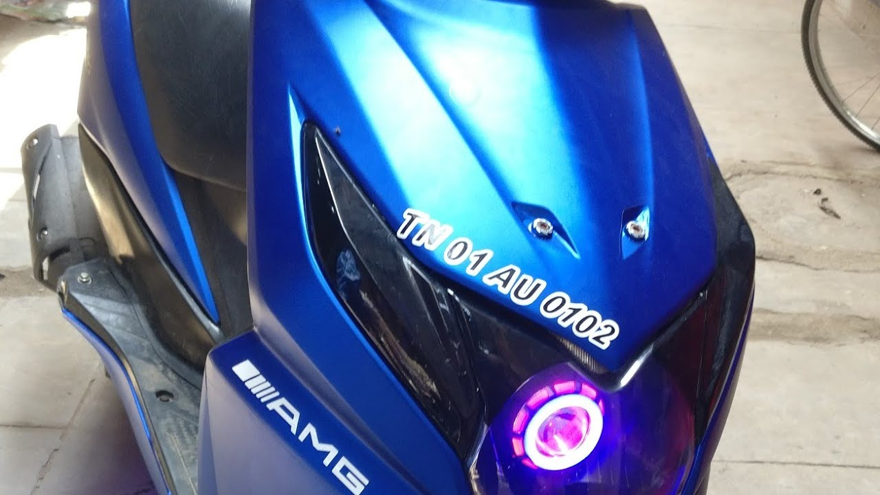 Honda dio stickering metallic bule