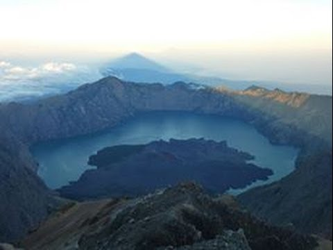 RINJANI TREKKING Indonesia (Lombok) E7 Asia road trip in backpack 2013-2014 GoPro H3