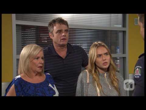 [Neighbours] 7628 Gary & Sheila & Xanthe &...