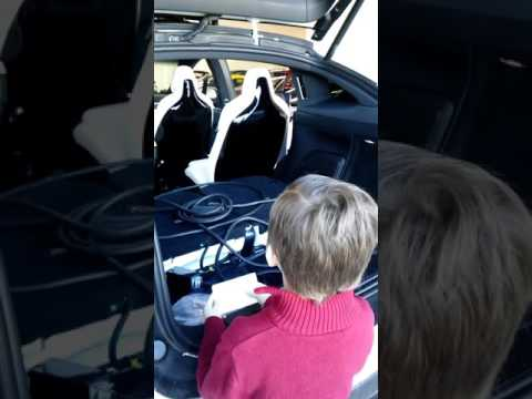 Ftr.Idaho Gov. Rowen about Electric cars w Uncle Don