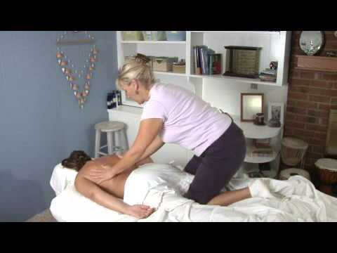 how to massage your girlfriend
