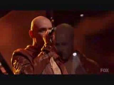 Phil Stacey - American Idol Elimination Video & En...