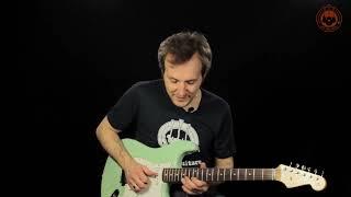 Comment faire un solo de guitare blues avec seulement 4 notes - Cours de Guitare Blues thumbnail