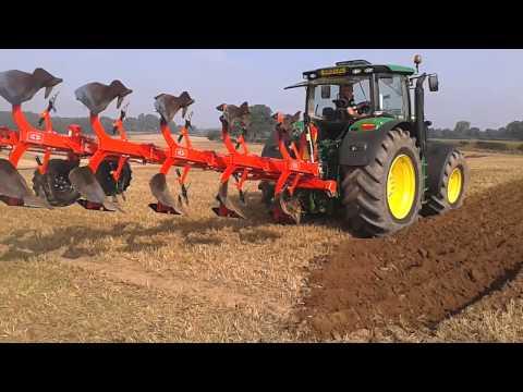 John Deere 6190R with RW 8 Gregoire Besson Plough