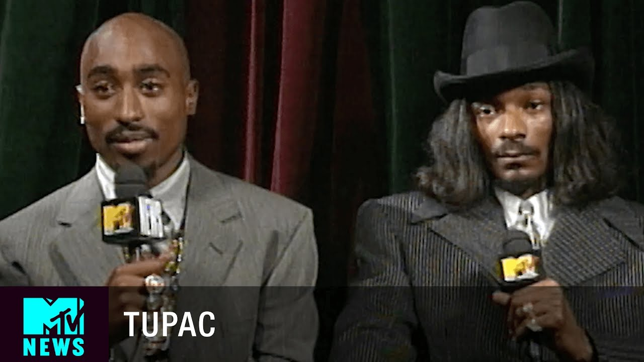 Tupac & Snoop Dogg on Biggie & Puff Daddy (1996 VMAs) | MTV News
