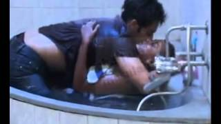 hot kanika bathtub scene