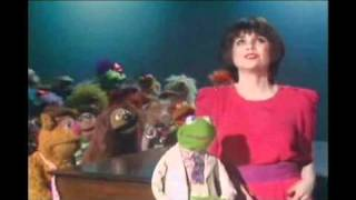 Linda Ronstadt - When I Grow Too Old to Dream