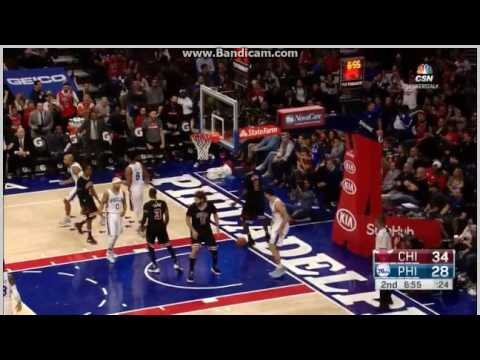 Bobby Portis dunk on Dario Saric - Philadelphia 76ers vs. Chicago Bulls - NBA - 25/11/2016