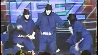 Jabbawockeez Dance in ASAP '09(
