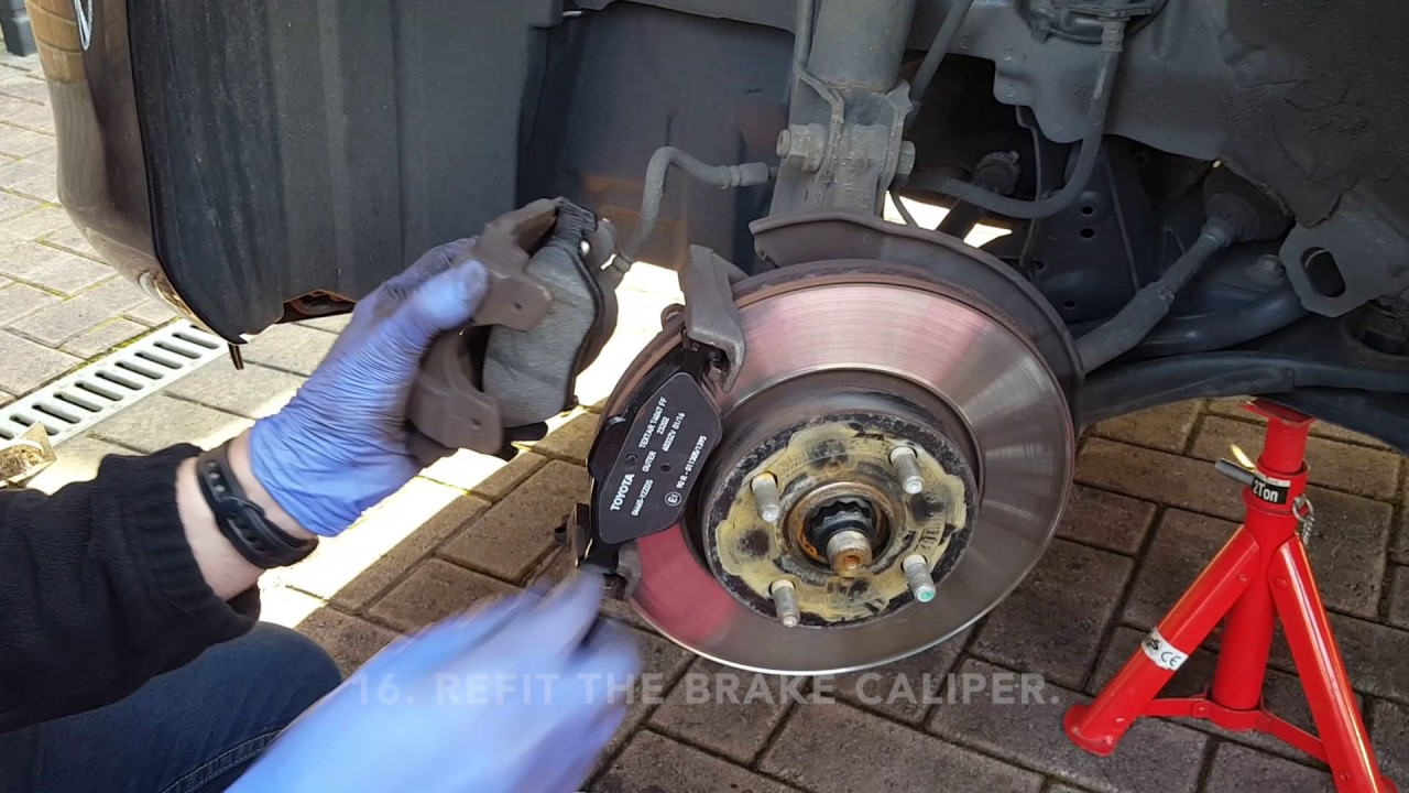 Toyota Yaris 2012 Front Disc Pads Replacement Youtube