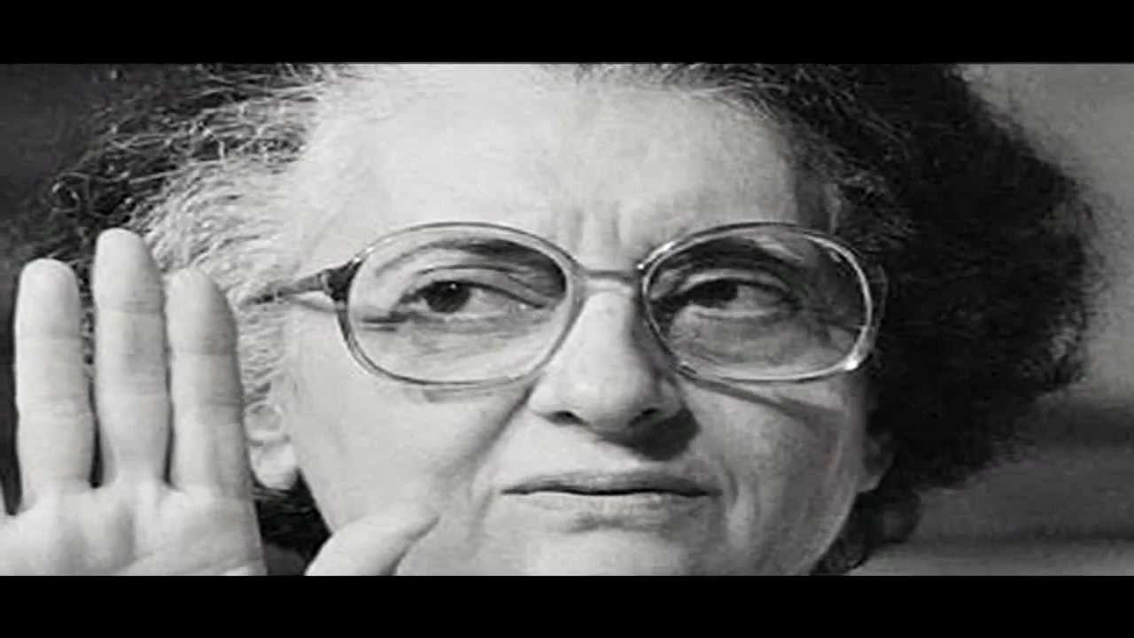 indira gandhi speech Indira gandhi addressed a huge gathering in my entire life, i dedicated my life for the service of my country i will continue to do so till my last.
