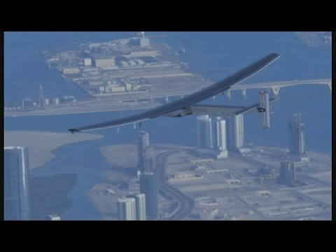 Solar flight: Around the world without a drop of fuel | Channel 4 News