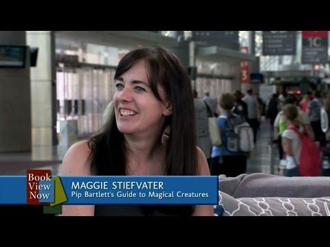 Leigh Bardugo Interviews Maggie Stiefvater at BookCon 2015
