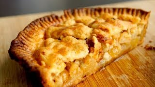 Apple Pie Video Recipe - How To Make An Apple Pie In A Cast Iron Pan - Home Made Apple Pie