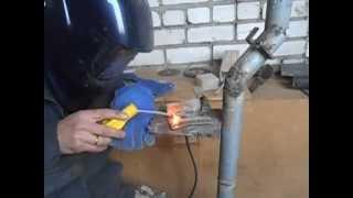Как правильно варить тонкий металл (нижнее положение)(Сварка тонкой нержавейки в нижнем положении., 2015-10-19T11:30:37.000Z)