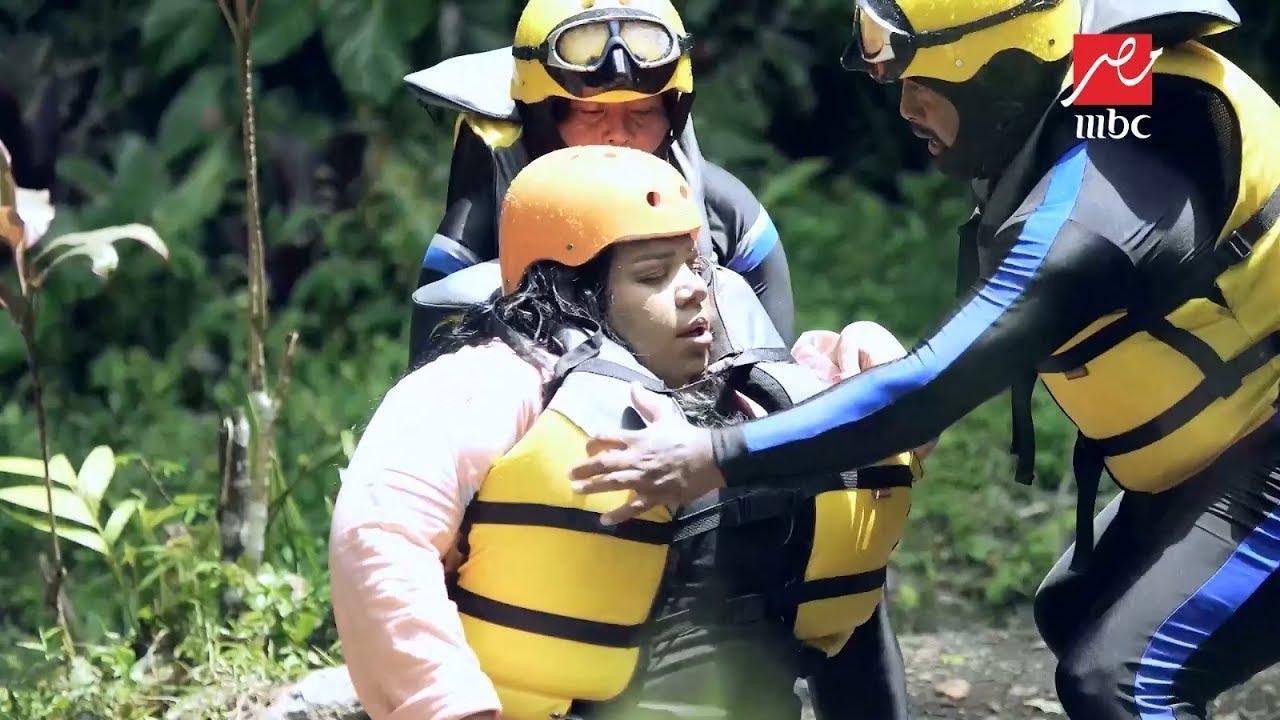 شيماء سيف تفقد الوعي في رامز في الشلال و رامز جلال يوقف المقلب