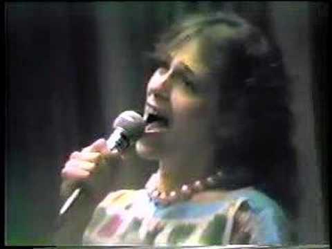"Gloria Balsam ""FLUFFY"""